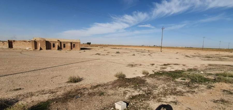 بعد ان حرموا من الخدمات والانترنيت طلبة الأرياف في العراق يعانون من صعوبة التعليم الالكتروني
